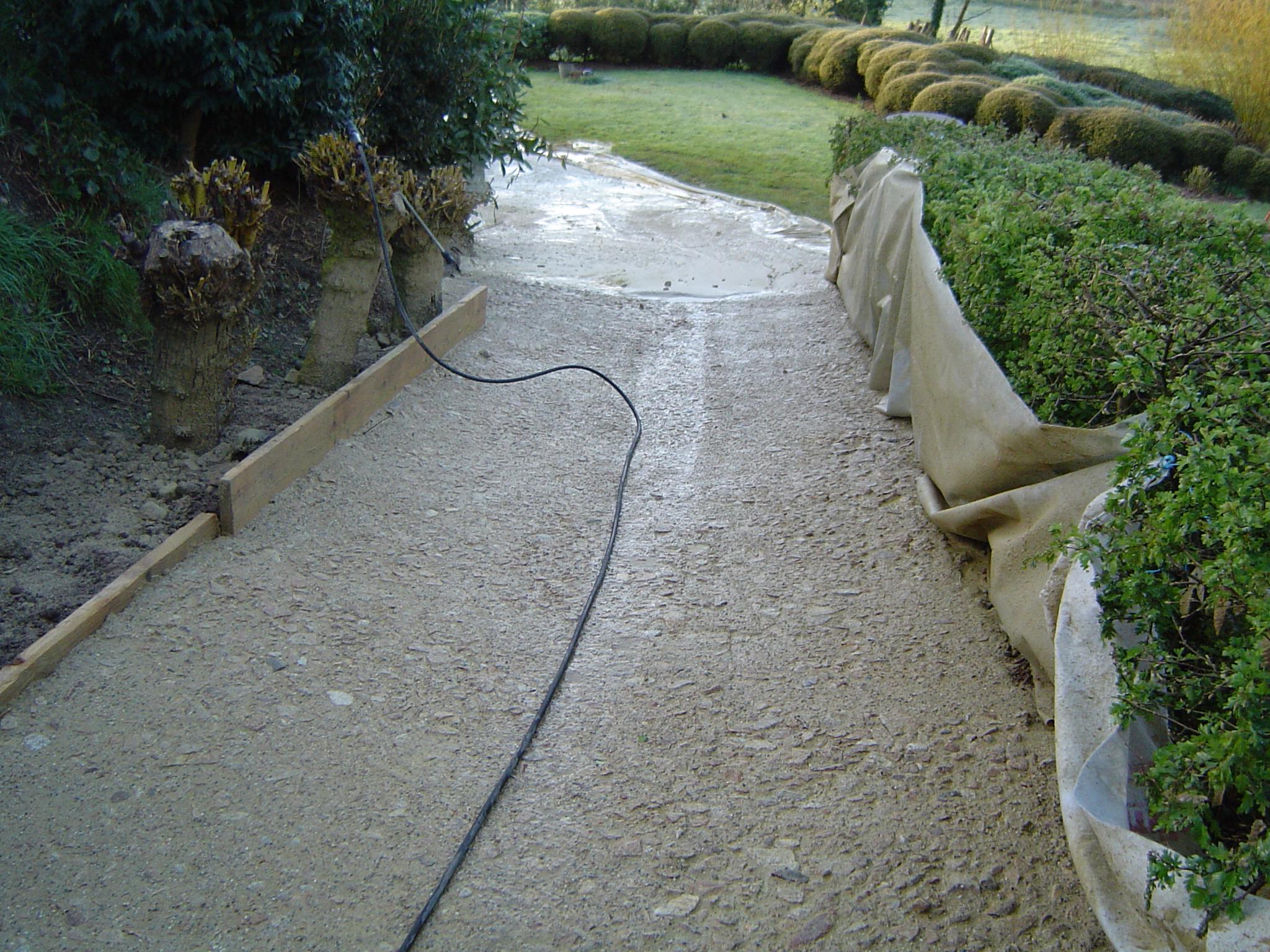 Allee de jardin en beton all e de jardin r aliser une - Allee de jardin en beton ...